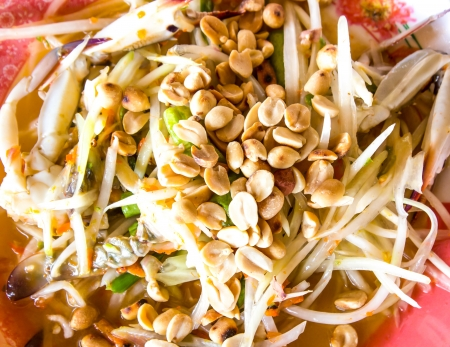 green papaya salad thai food photo