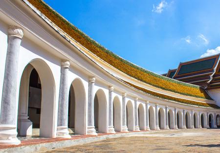 refurbishing: Phra Pathom Chedi � lo stupa pi� alta del mondo con l'altezza di 127 metri (417 ft). Si trova nella citt� di Nakhon Pathom, Thailandia Archivio Fotografico