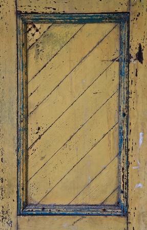 parapet wall: door wooden