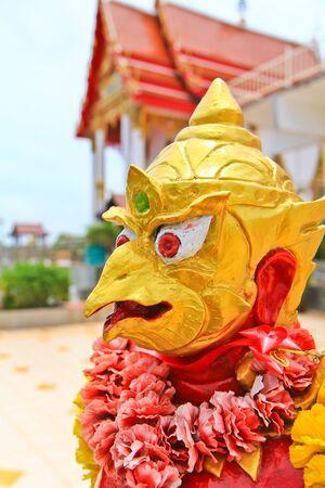 idolatry: Dragon in temple
