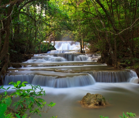 Waterfall beautiful asia thailand Stock Photo - 16940209