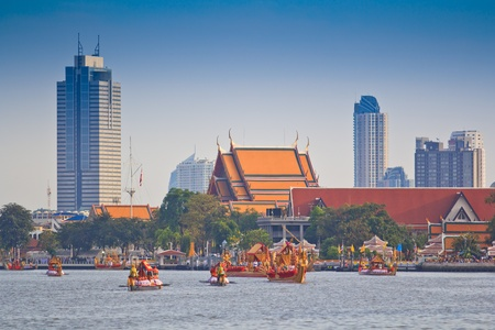 BANGKOK,THAILAND-NO VEMBER 9 Decorated barge parades past the Grand Palace at the Chao Phraya River during Fry the Kathina ceremony cloth of Royal Barge Procession on Nov  9, 2012 in Bangkok,Thailand  Stock Photo - 16943952