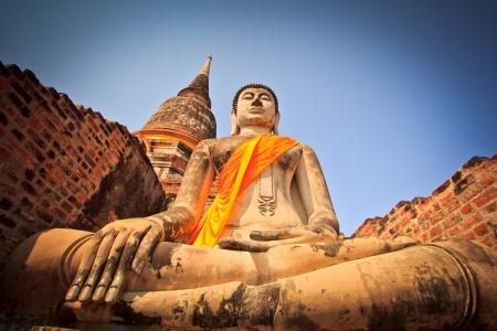 gautama: Buddha old in old temple Old town
