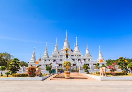 samut prakan: Wat asokaram Temple in Samut Prakan Thailand