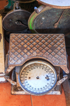 counterpoise: Old scales Old weigh old kilo Stock Photo
