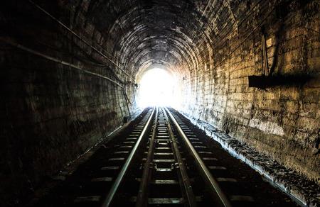 tren: t�nel Foto de archivo
