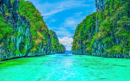 tranquil: Scenery with tropical rock islands and crystal clear water
