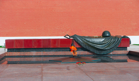 tomb of the unknown soldier: Eternal Flame and Tomb Of The Unknown Soldier, Moscow, Russia