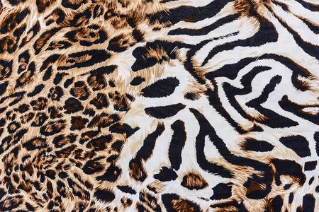 Textuur van drukken stof gestreepte luipaard voor achtergrond Stockfoto - 32998705