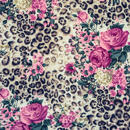 Textura de leopardo de impresión de tela a rayas para el fondo Foto de archivo - 43546271
