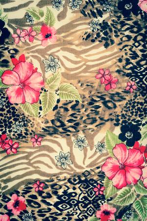 プリント生地ストライプ ヒョウや背景の花の質感 写真素材