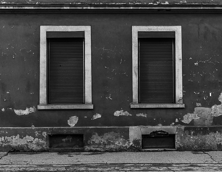 Old abandoned building with some symmetry Stok Fotoğraf - 120368629