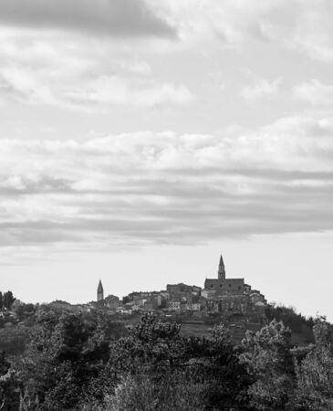 Small old Croatian city named Buje located in Istria, Croatia. 免版税图像