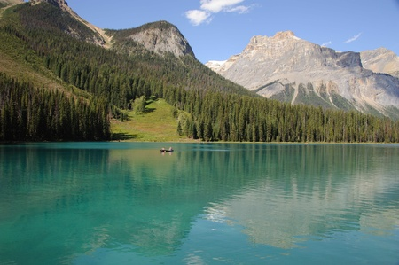 Emerald Lake  Alberta Stock Photo - 22635495
