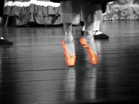 バレエ ダンサーのフィート 写真素材 - 4039500
