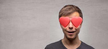 Man with heart shaped eyes 版權商用圖片