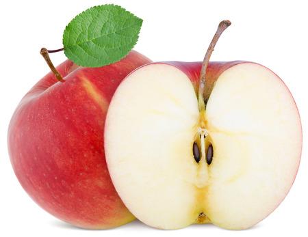 manzana roja: plena manzana y una rebanada cortada aislado en fondo blanco
