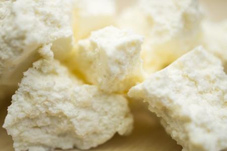 cottage cheese: Fette di ricotta primo piano