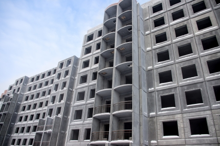 reinforced: Unfinished building of reinforced concrete panels without windows