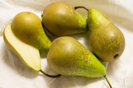 williams: Pears: ripe green fruit harvest Stock Photo
