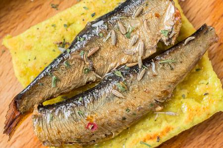 sardinas: Tapas con pescado, sardinas o espadines