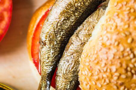 sardinas: Sardinas en un bollo de cerca