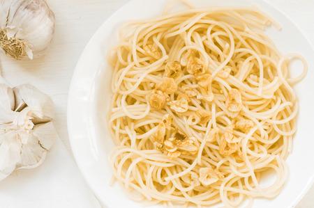 olio: Spaghetti aglio e olio top view Stock Photo