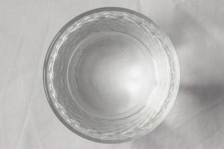 vasos de agua: Vista superior vaso de agua limpia