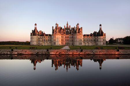 french renaissance: Castillos del Valle del Loira: Chambord - maestra de la arquitectura del Renacimiento franc�s Foto de archivo