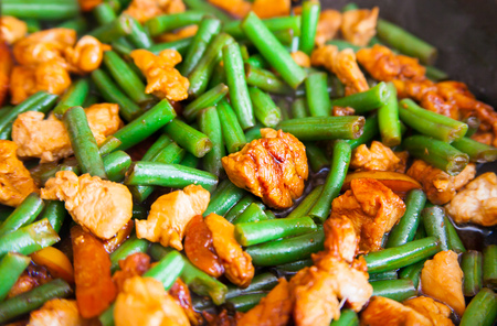 green bean: Stir fry chicken, sweet peppers and green beans. Top view Stock Photo