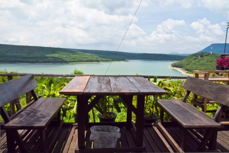 tableland: Dining table with beautiful views of nature