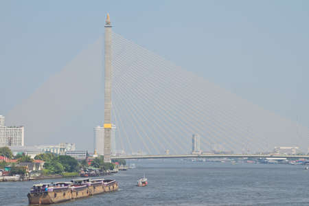 viii: Rama VIII Bridge to travel on ships