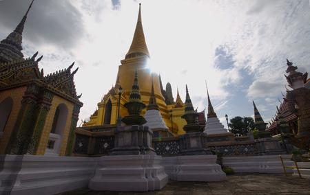 kaew: Sunshine wat phra kaew Pagoda