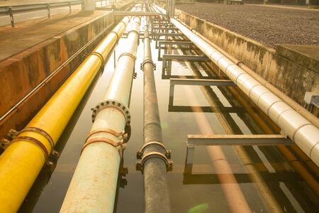 sump: Il gas in pozzi, oleodotti