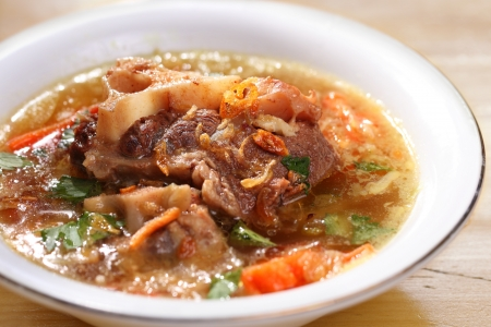 indonesian food: Indonesian famous oxtail soup