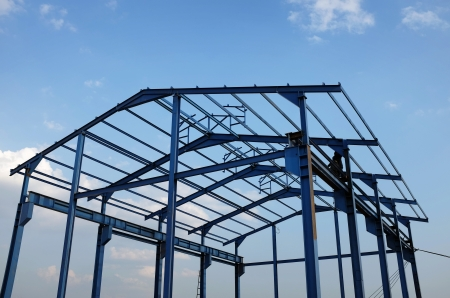 roof beam: Steel structure of a new industrial building