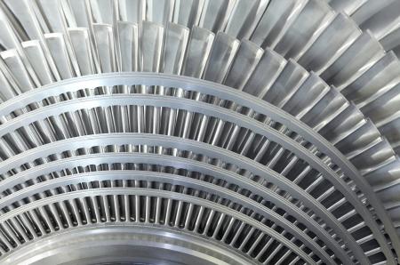 turbina de vapor: Primer plano de rotor interno de una turbina de vapor