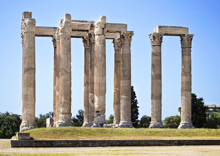 sightseeng: the Temple of Olympian Zeus in Athens Greece