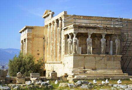 sightseeng: Erechtheion temple in Greece