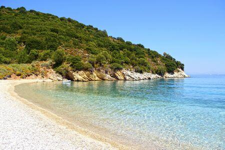 paisaje mediterraneo: Playa Filiatro en Ithaca isla Grecia