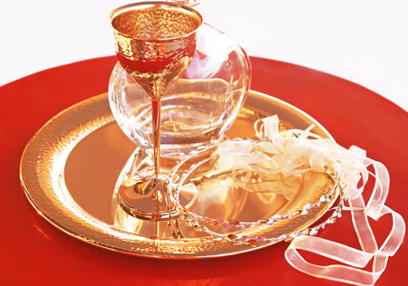 traditional wedding crowns, decanter and chalice - greek wedding objects Foto de archivo