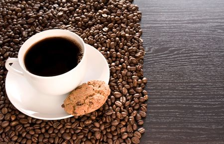 black coffee and coffee beans on the table Stock Photo - 6329520