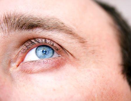 natural looking blue eye photo