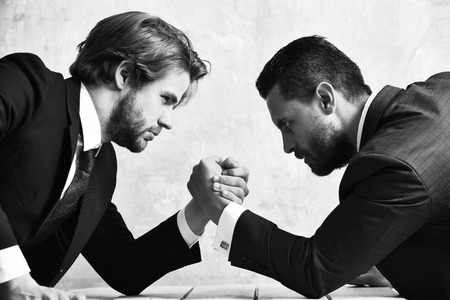 arm wrestling of businessman and compete man Stok Fotoğraf - 101515671