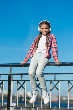 Enjoy sound. Make your kid happy with best rated kids headphones available right now. Stok Fotoğraf
