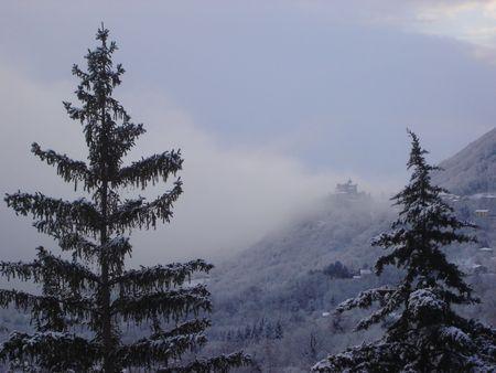nebbia: freddo e montagna Stock Photo