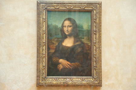famous women: PARIS - AUGUST 16  Mona Lisa by the Italian artist Leonardo da Vinci  at the Louvre Museum, August 16, 2009 in Paris, France