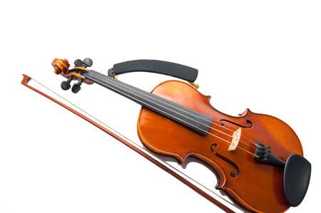 fiddlestick: Viol�n con el arco de viol�n aislado en blanco.