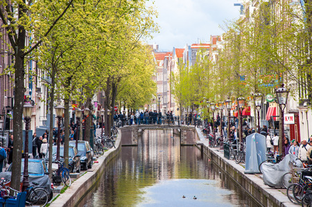 red light district: Amsterdam-April 30: Amsterdams Red Light District full of tourists on April 30,2015, the Netherlands.