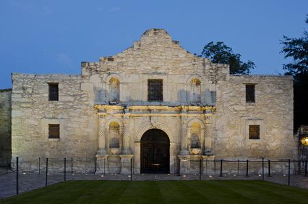 サン ・ アントニオ、テキサスのアラモの砦は、地元のインディアンを教育しスペイン人宣教師団として建てられました。 1744 年に建てられた最初、 写真素材